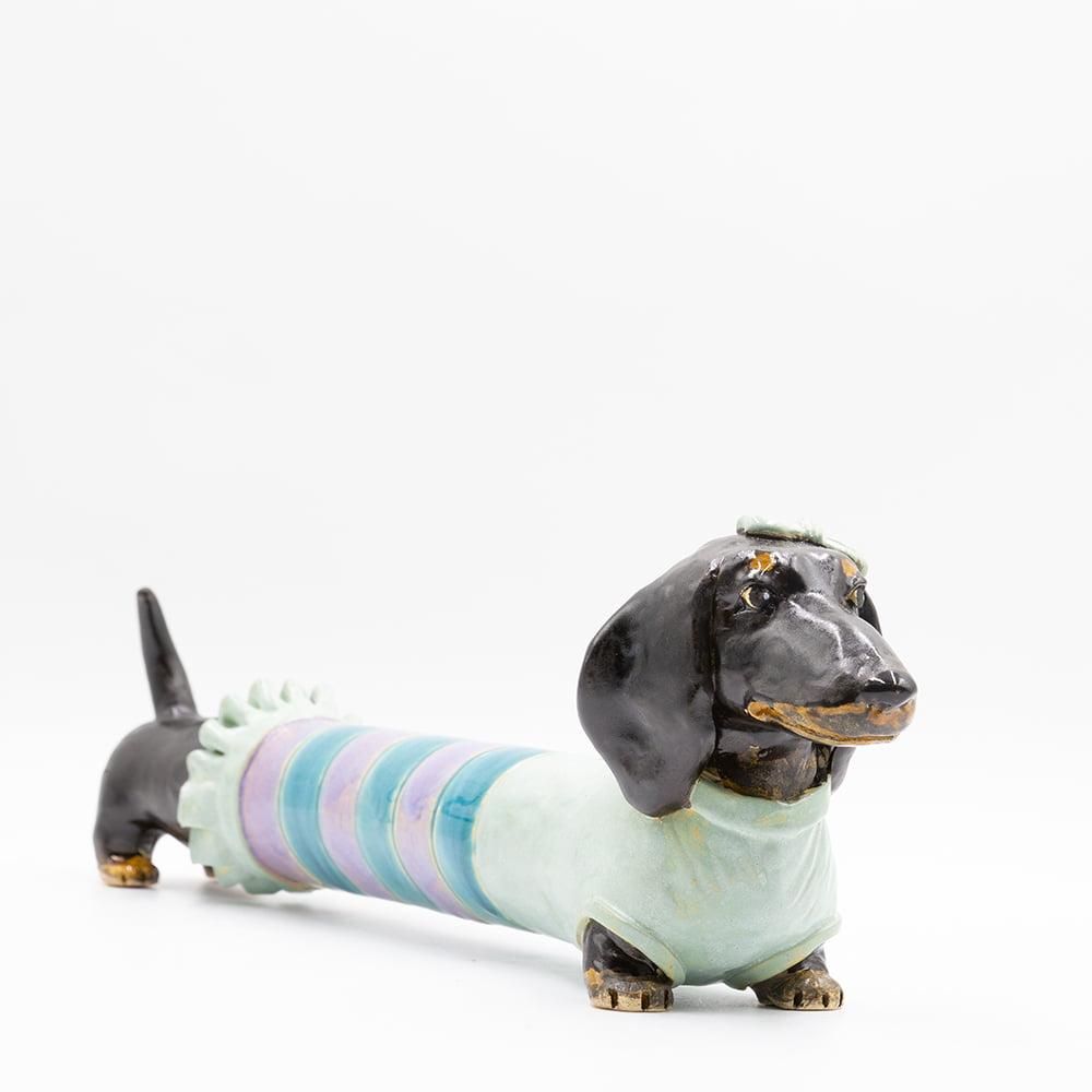 Jamnik w sweterku