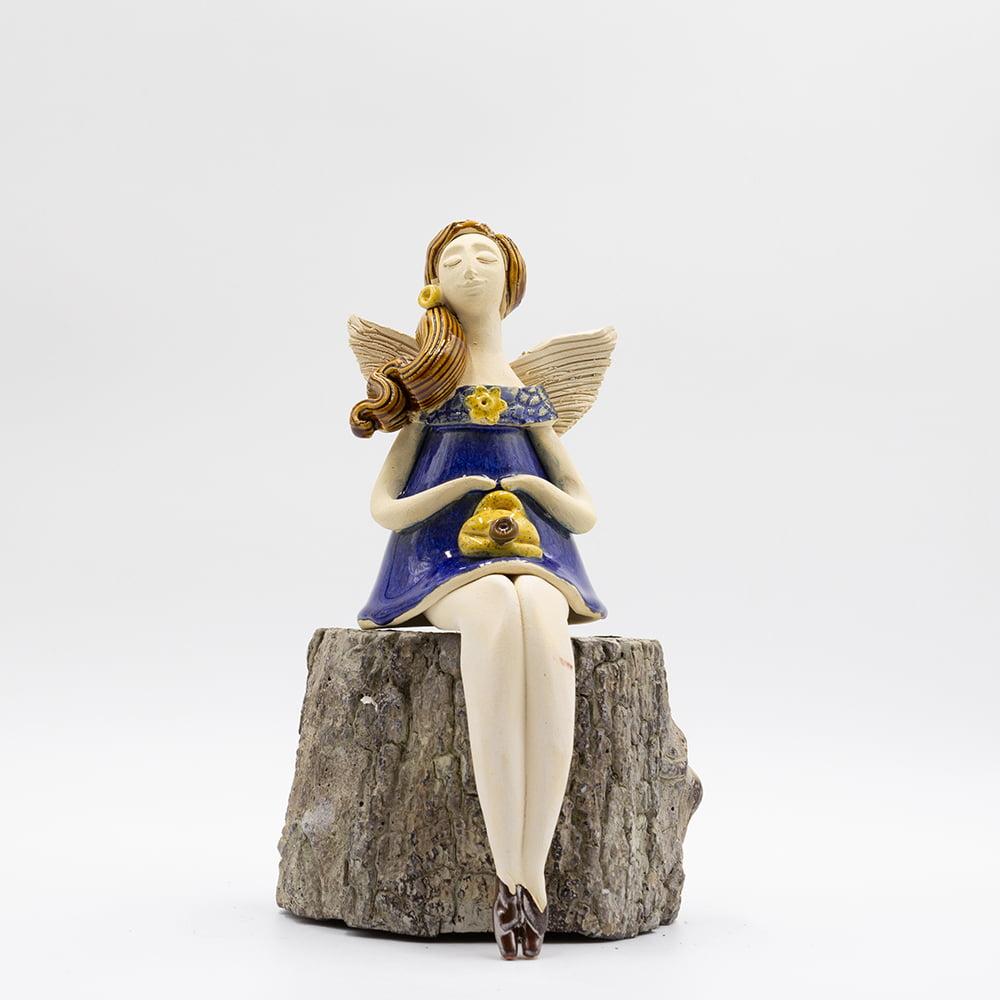 Anioł o długich nogach