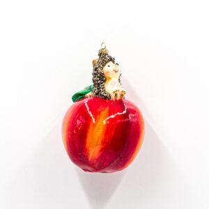 jeż na jabłku