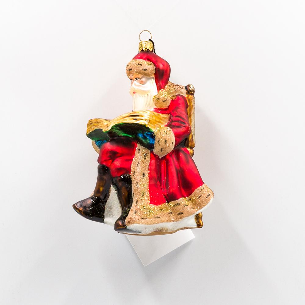 Mikołaj z książką