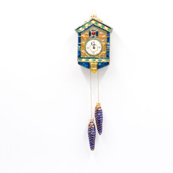 zegar z kukułką i szyszkami