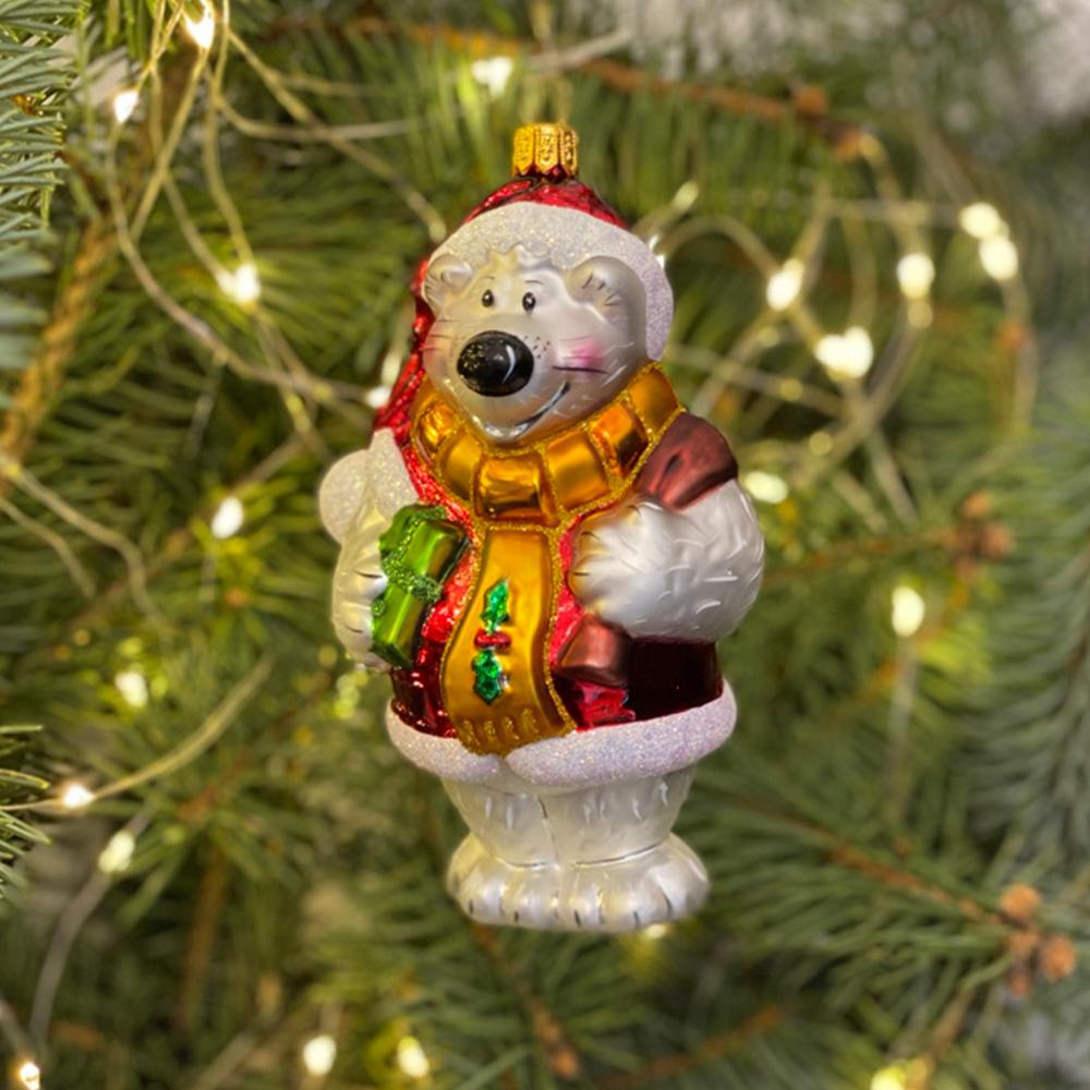 miś w świątecznym ubranku