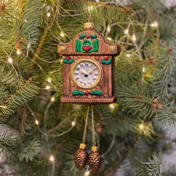 zegar z szyszkami